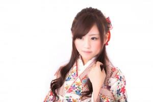 卒業式は袴で謝恩会はドレスの髪型って?簡単アレンジはある?