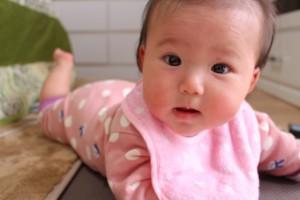 赤ちゃんにこたつは危ない?低温やけどや熱の影響って